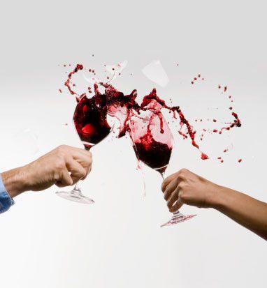 8- Alkolü sınırlandırın. Alkollü içecekler besin değeri taşımazlar fakat kalori almaya neden olurlar.  9- Tüketiminizi haftada bir kere olarak tutun.